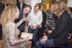 Golden Girls delen complimenten uit - complimentenmeisjes